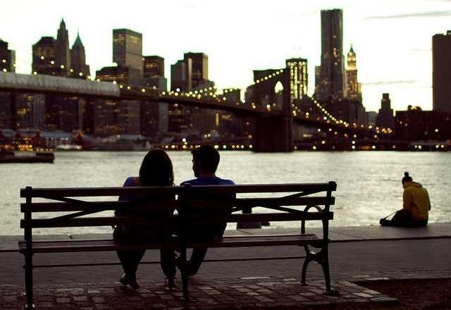 10 Topics To Avoid On A First Date